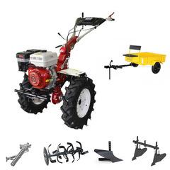 Мотоблок (культиватор) с Прицепом Stark ST-1800KM с пониженной передачей и двигателем GX460, 18.5 л.с., колеса 7.00*12. В комплекте: (фрезы, сцепка, плуг, двойной окучник)